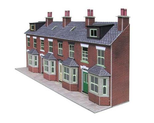 Дома рядовой застройки - terraced house [ˈterɪst haʊs]